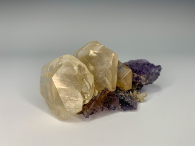 Calcite on Fluorite from Denton Mine, Harris Creek District, Southern Illinois USA [db_pics/ZowaderUpdates/DZ1601a.jpg]