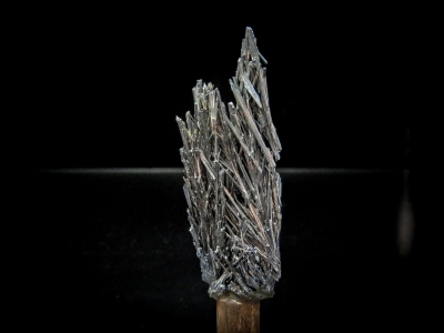 Stibnite from White Caps Mine, Manhattan, Nye County, Nevada, USA [db_pics/update3/ML00074b.jpg]
