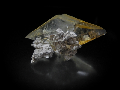 Calcite from 29 South, Elmwood Mine, Smith County, Tennessee, USA [db_pics/update3/ML00079b.jpg]