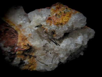 Wire Copper & Calcite from Red Dome Mine, Chillagoe, Queensland, Australia [db_pics/update3/ML00101b.jpg]