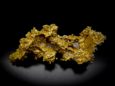 Gold from GG Prospect, Tuolumne County, California, USA [db_pics/update4/ML00165a.jpg]