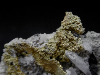 Gold from Round Mountain Mine, Nye County, Nevada, USA [db_pics/update4/ML00202a.jpg]
