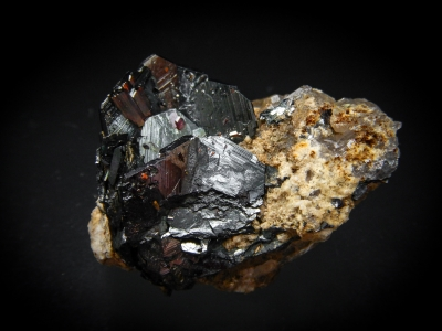 Hematite & Rutile from Cavradi, Tavetsch, Graubuenden, Switzerland [db_pics/update4/ML00213a.jpg]