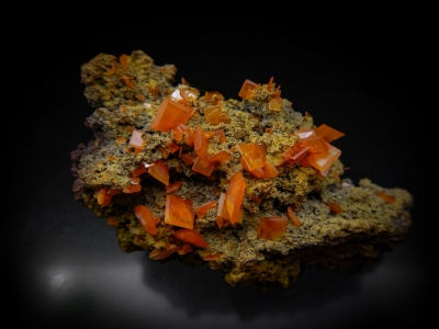 Wulfenite from Mammoth-Saint Anthony Mine, Tiger, Pinal County, Arizona, USA [db_pics/update4/ML00247a.jpg]