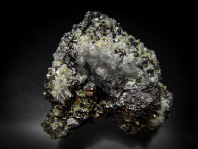Enargite, Pyrite & Quartz from Leonard Mine, Butte, Silver Bow County, Montana, USA [db_pics/update5/ML00304a.jpg]