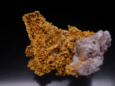 Gold from Round Mountain Mine, Nye County, Nevada, USA [db_pics/update5/ML00330a.jpg]