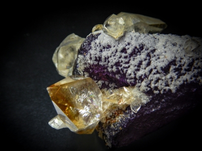 Fluorite & Calcite from Elmwood Mine, Smith County, Tennessee, USA [db_pics/update6/ML00410b.jpg]