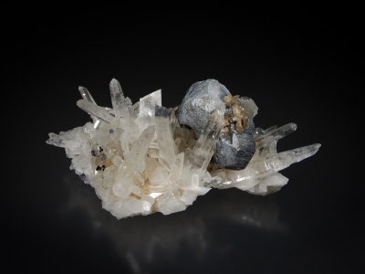 Bournonite & Quartz from Yaogangxian Mine, Chenzhou Prefecture, Hunan Province, China [db_pics/update7/ML00575d.jpg]