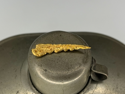 Gold from Undisclosed mine near Guelmim, Guelmim-Oued Noun Region, Morocco [db_pics/update7/ML00702a.jpg]