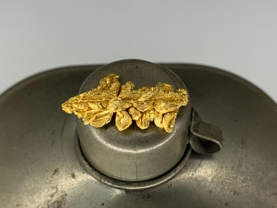 Gold from Undisclosed mine near Guelmim, Guelmim-Oued Noun Region, Morocco [db_pics/update7/ML00714c.jpg]
