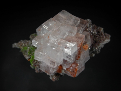 Calcite from Tsumeb Mine, Tsumeb, Namibia [db_pics/zowater/DZ0303a.jpg]