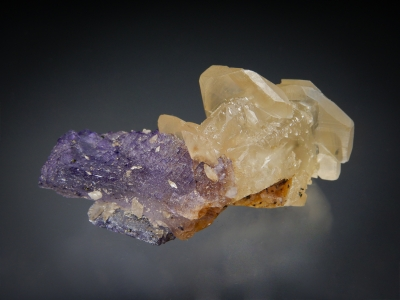 Calcite on Fluorite from Denton Mine, Harris Creek District, Southern Illinois USA [db_pics/zowater/DZ1601b.jpg]