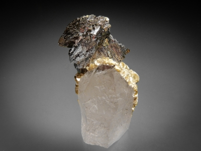 Arsenopyrite on Quartz with Muscovite from Panasqueira Mine, Barroca Grande, Beira Baxia, Portugal [db_pics/zowater/DZ1912a.jpg]