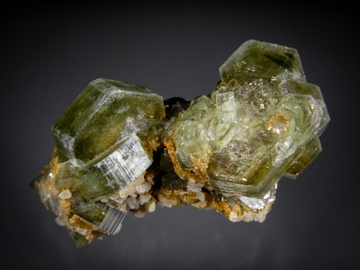 Apatite from Panasqueira Mine, Barroca Grande, Beira Baxia, Portugal [db_pics/zowater/DZ2209a.jpg]