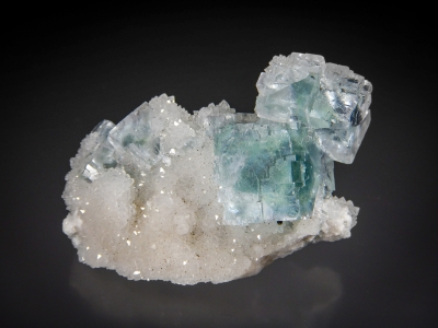 Fluorite on Quartz from Asturias, Spain [db_pics/zowater/DZ3210a.jpg]