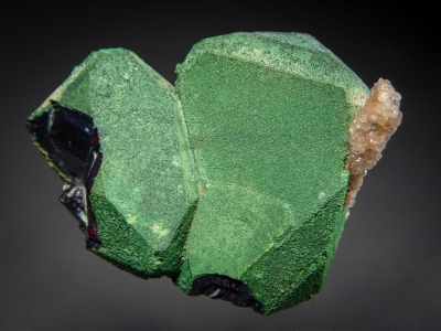 Cuprite with Malachite Coating from Emke Mine, Onganja, Africa [db_pics/zowater/DZ3306a.jpg]