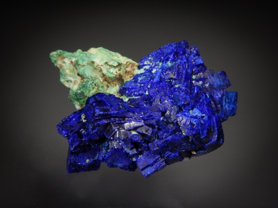 Azurite on Malachite from Shilu Copper Mine, Guangdong Province, China [db_pics/zowater/DZ3604a.jpg]