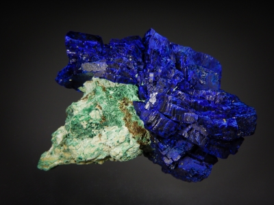 Azurite on Malachite from Shilu Copper Mine, Guangdong Province, China [db_pics/zowater/DZ3604b.jpg]