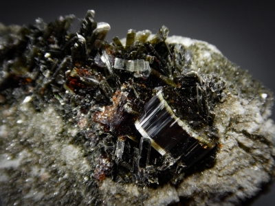 Vesuvianite from Shigar Valley, Gilgit Division, Pakistan [db_pics/zowater/DZ3704b.jpg]