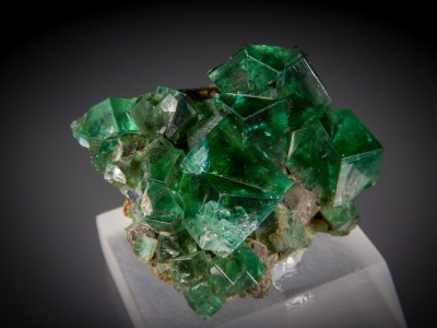 Fluorite with Galena from Heights Mine, Weardale, Cumberland, England [db_pics/zowater/DZ3902b.jpg]